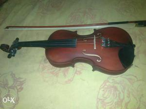 Violion New Condition 3 Month Old In Very Cheap
