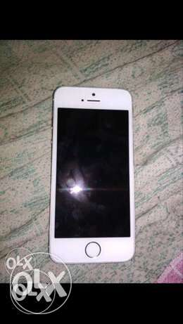 Iphone 5s 16gb in excellent condition 1yr old
