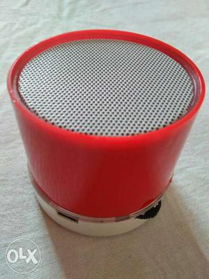 Selling brand new wireless Bluetooth Speaker with