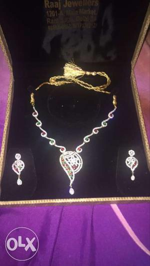 American diamond and ruby s set with earing