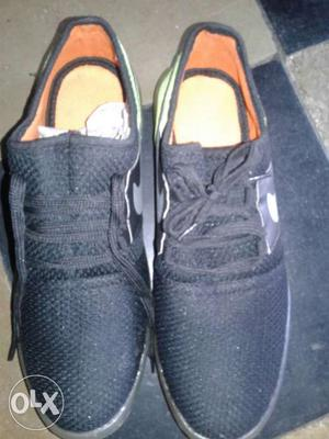 Branded nike shoe in low price