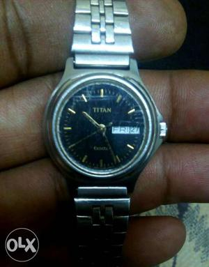 Titan day and date thin watch with original