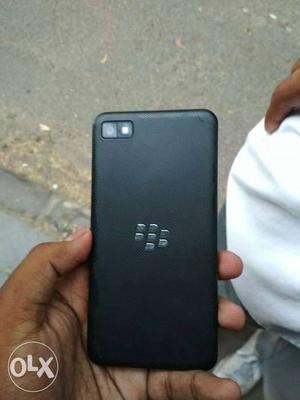 Blackberry z10 2gb ram 16 internal memory card
