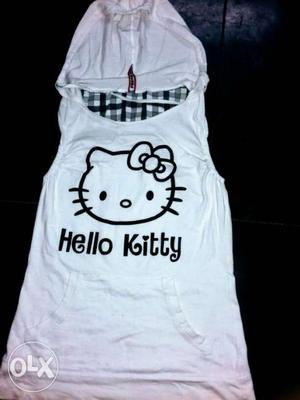New and fresh white kitty top...for girls..