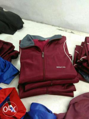 Tracksuit in genuine branded quality available in