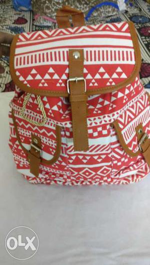 Trendy shoulder bag for girls ladies,... superb