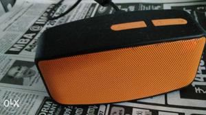 Portable Bluetooth speaker support FM, memory