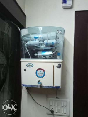 To water purifier in brand new condition.