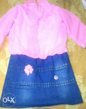 3 to 5 years girls jeans one pcs atractive look