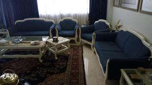 Beautiful 6 Seater Sofa Set in a 2X2 seater and