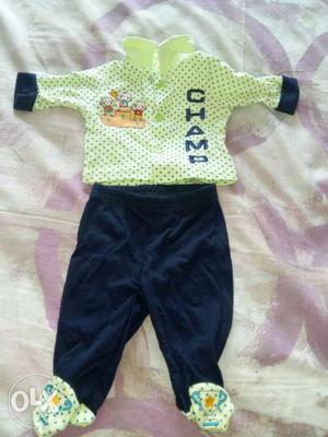 In good condition. Can be used for children 1mmth- 6mnths