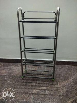 Shoe rack with 5 shelves