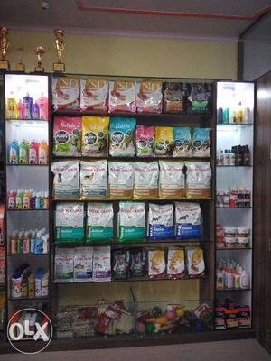 Dogs Food and Cats food available up to 15% discount