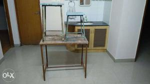 Steel table + 2 steel framed stools