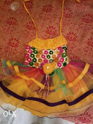 Baby girl used dresses upto 1 yrs age. at throw