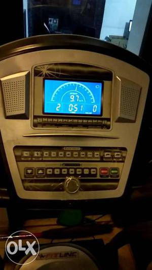 Fitlinr White And Black Treadmill Dashboard
