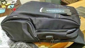"Kingsons "" Laptop Backpack External USB"