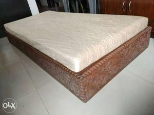 Antique satty bed fully carved from all four