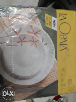 LA Opala 35 pcs dinner set brand new.. Sealed