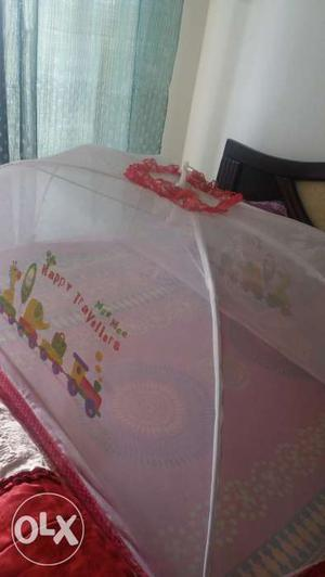 Big Mosquito net for babies (in very good condition)