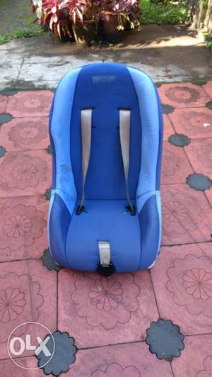 Fab and Funky - Blue coloured baby car seat 1 to 5 yrs old.