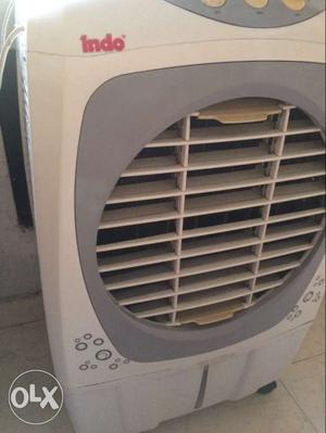 White And Grey Indo Desert Cooler want to sale urgently.
