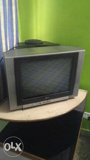 LG Flatron 21 inch TV with SubWoofer powerful, TV needs to