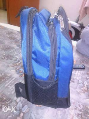 A very high quality new standard back pack with lot
