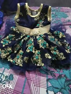 Girl's Blue, Green, Floral Sleeveless Dress for less then
