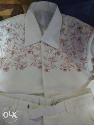 Cream n peach color coat pant with shirt...size