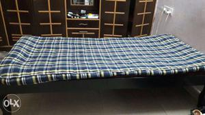 Teak Wood single bed in a very good condition