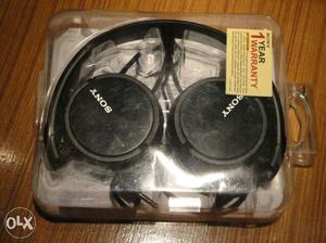 Sony MDR ZX110(Black) on ear headphones in new