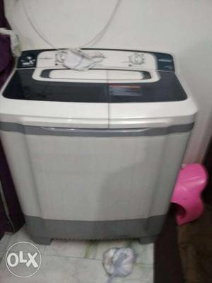 White And Black All-in-one Plastic Portable Washer And Dryer
