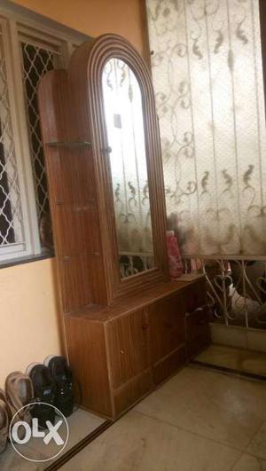 Brown Wooden Dresser With Mirror
