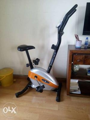 Deneb and palak gym bycyle is perfect condition.