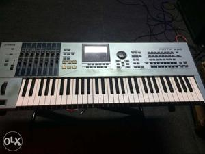 Yamaha motifxs6 in Good Condition