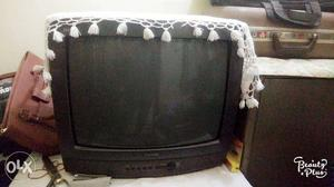 Old Samsung TV in good condition coloured tv