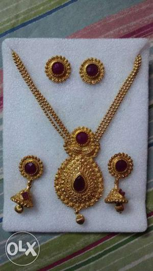 Zaveri pearls Gold-colour Necklace With 2Earrings Set.1 year
