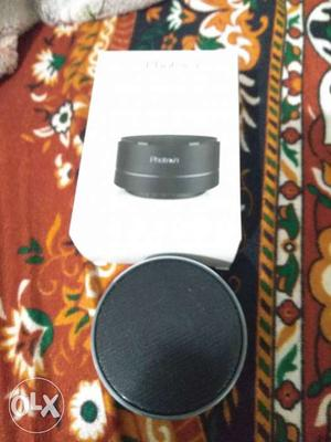 Round Black Bluetooth Speaker With Box