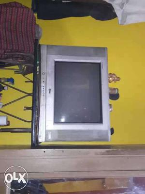 Lg flatron tv 21 inch with stand