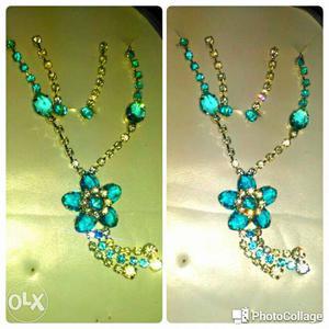 Blue Gemstone Beaded Pendant Necklace