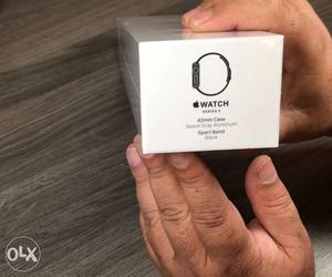 Apple Watch Series 3 42mm Seal Packed