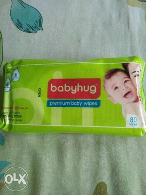 Premium Baby Wipes enriched with vitamin E and