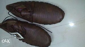 Brown shoes unsued shoes for sale
