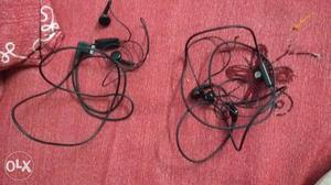 Samsung original earphones each one 100