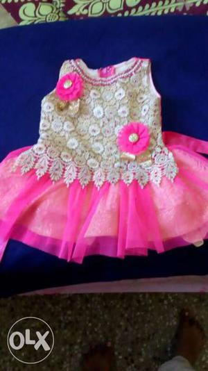 Cute baby girl frock suitable for 1 to 1.5 years