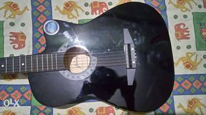 Guitar for sale with Guitar bag,extra Strings and