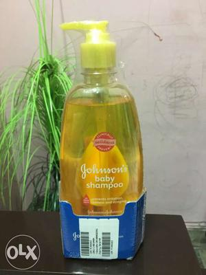 Johnsons Baby Shampoo 475 ML with Free Baby Lotion