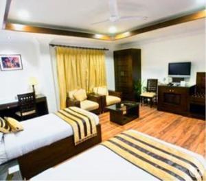 Get Hotel Parkland-Safdarjung Enclave,New Delhi New Delhi