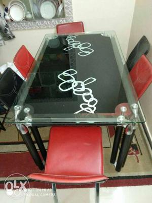 Dining table 6 seater hardly used almost new. got
